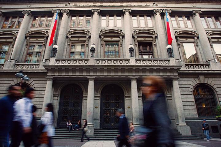 Que necesitas para tener una cuenta bancaria en Chile