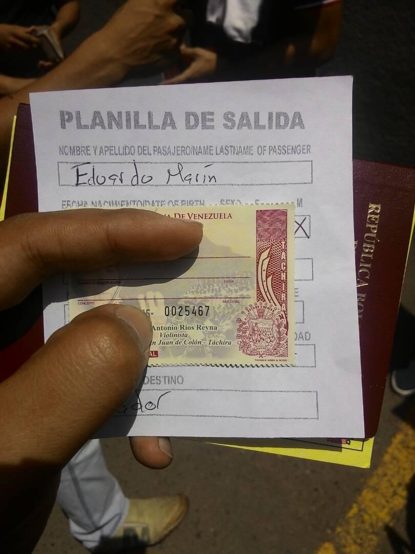Pase de salida en Colombia