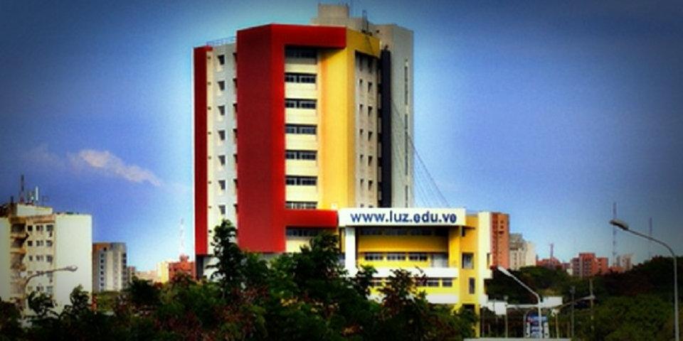 Títulos universitarios de La Universidad del Zulia