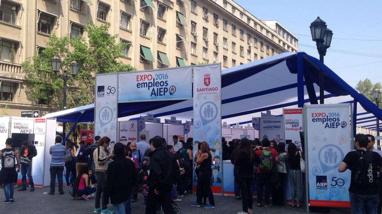 Feria de Empleo en Chile AIEP