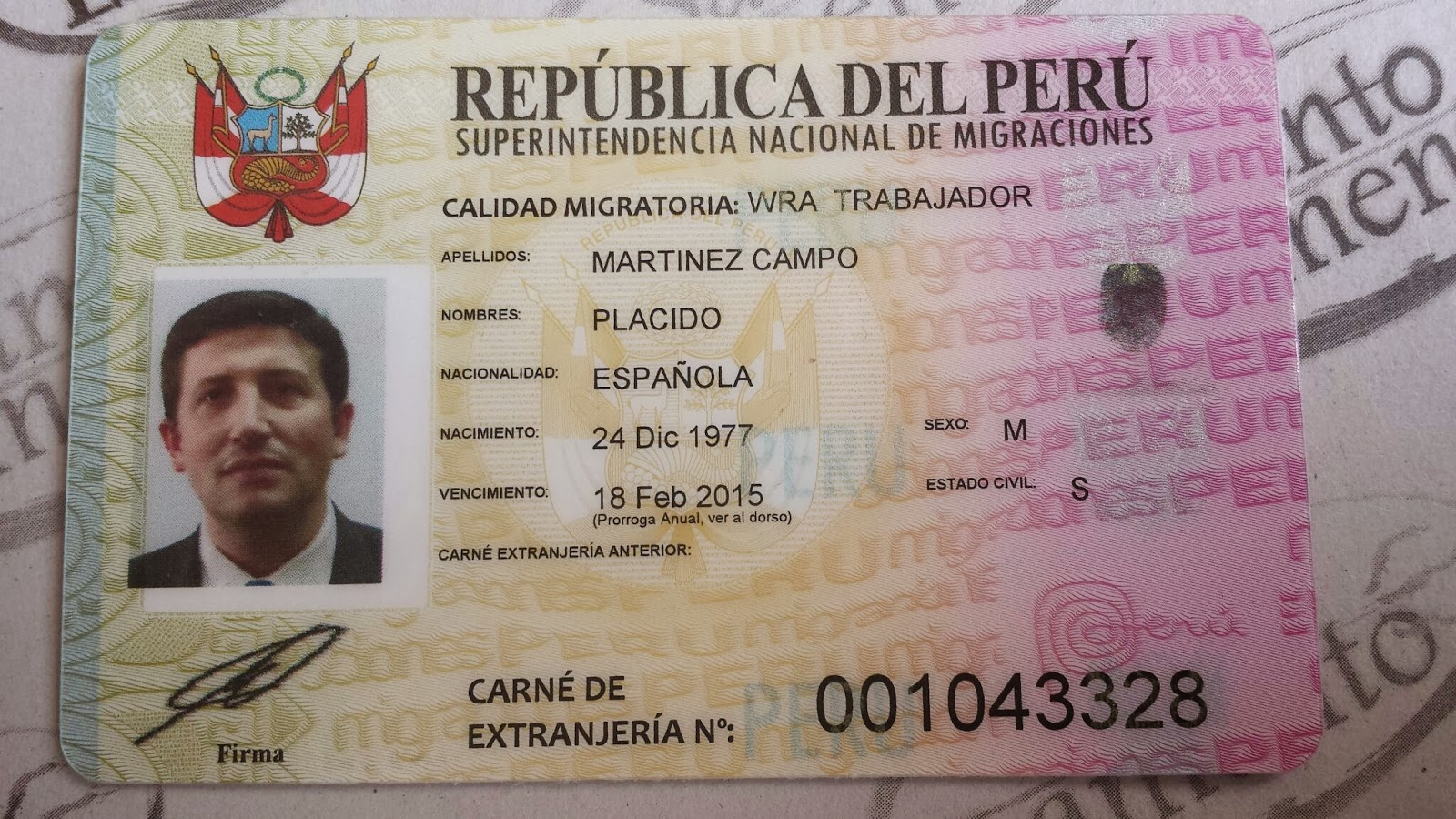 Carnet de Extranjería Peruano