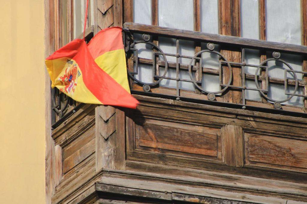 Se puede entrar a España con pasaporte vencido